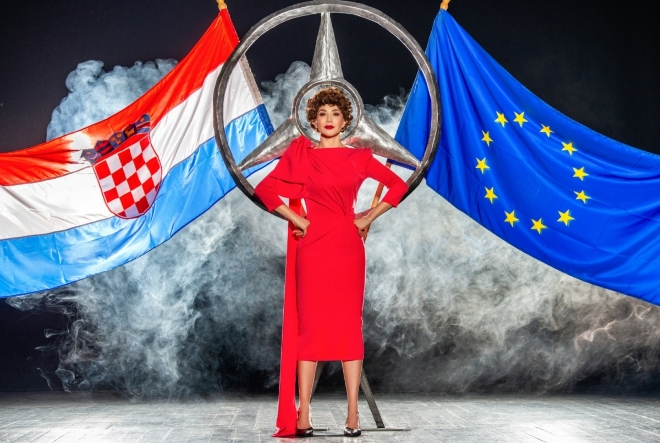 Kazalište Moruzgva na turneji Hrvatskom