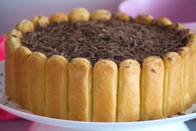 Savršena čokoladna torta oduševljava brzom pripremom
