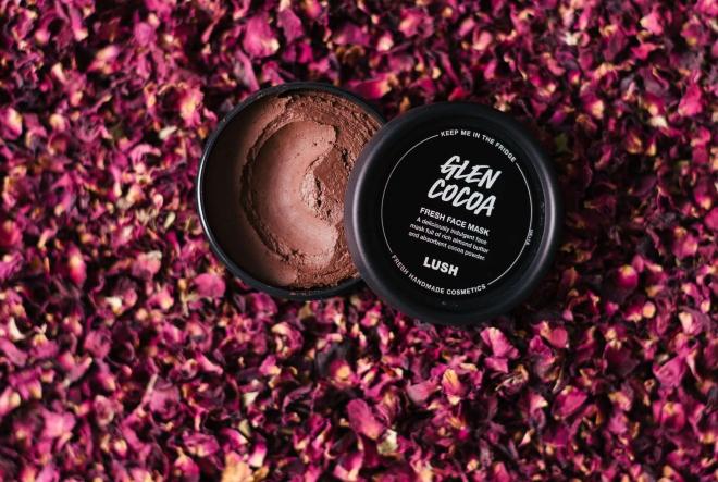 Glen Cocoa: Svježa maska za lice bogata maslacem od badema i aromatičnim kakaom