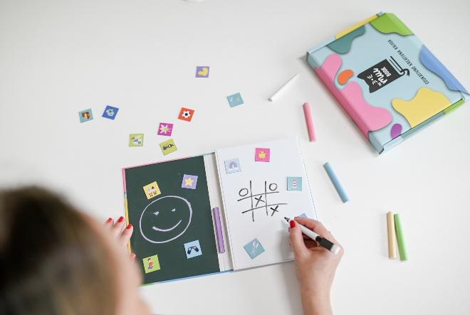 Saznajte sve o knjizi koja će djecu maknuti od ekrana, a osmislila ju je hrvatska poduzetnica