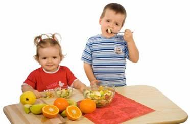 Djeca vole šarenilo na tanjuru
