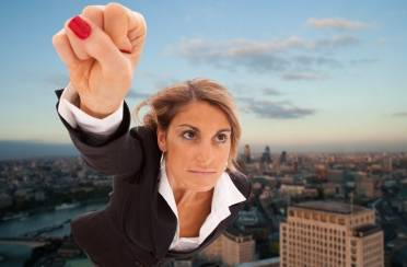 Žena danas – prototip superjunaka
