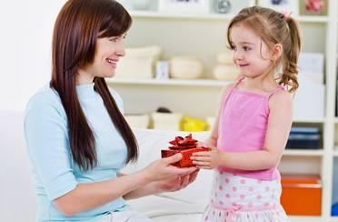 Top 10 poklona za Majčin dan