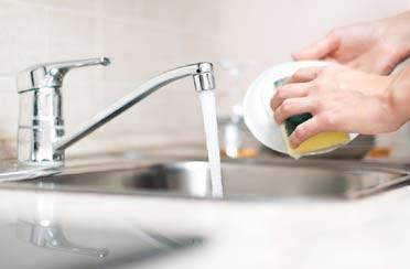 Očistite sudoper i perilicu suđa