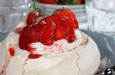 Mini Pavlova torta