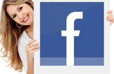 Žene čim otvore oči pale Facebook